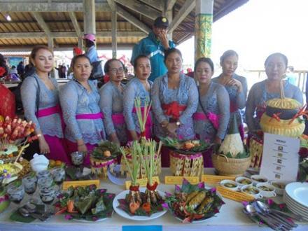 Lomba Masak Ikan Patin Buyan Lake Festival